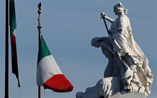 italy-flag-bloombe_2056482b