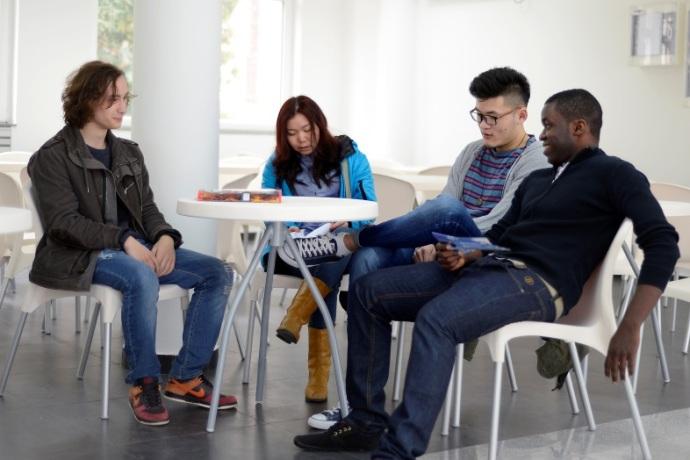 Македонски Универзитет предизвик за студентите од целиот свет