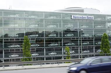 Mercedes_Benz minhen