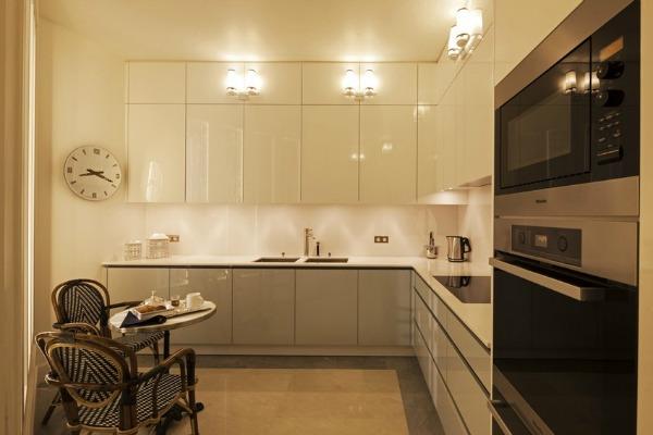 Софистициран стан во Париз (фото)