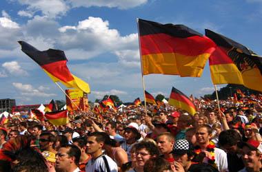 """Германија """"цвета"""" поради мигрантите"""