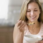 Појадок кој спречува рак на дебелото црево: Вкусно, а ги топи килограмите!