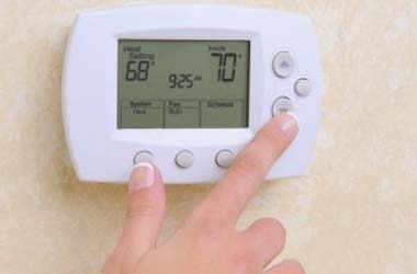 15 начини да го загреете вашиот дом, без да го зголемувате греењето! (фото)
