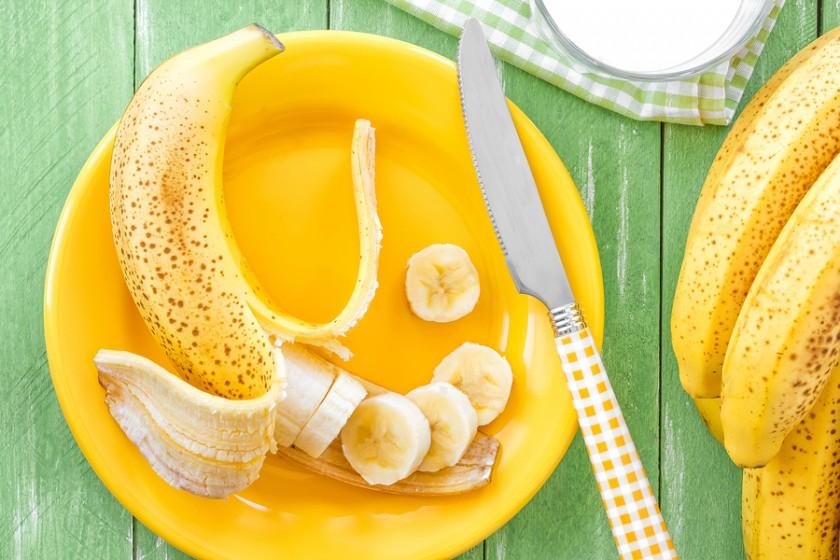 bigstock-Banana-59029361-840x560