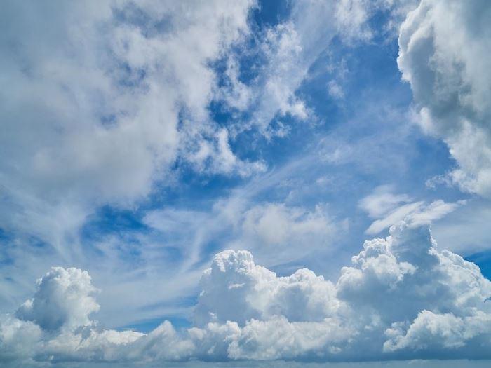 Облачно време со врнежи од дожд, температурата до 30 степени